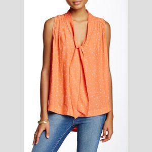 FREE PEOPLE Sleeveless Tie Front Top in Coral - L